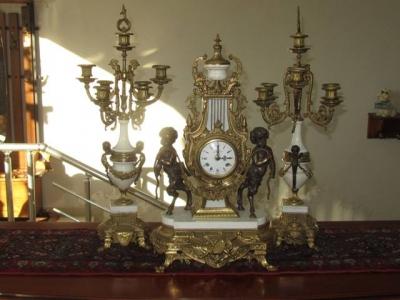 часовник 5 с 2 бр. свещници - комплект