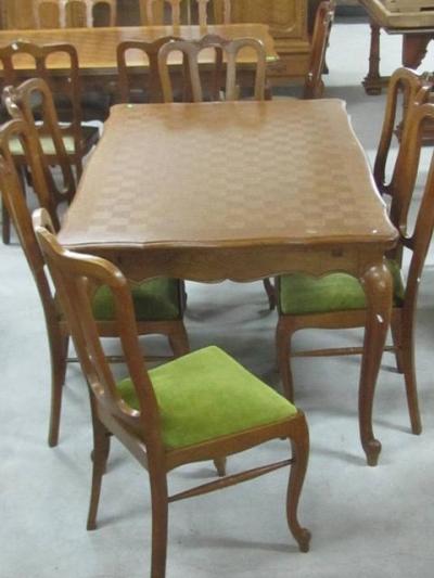 трапезарна маса 35 с шест стола