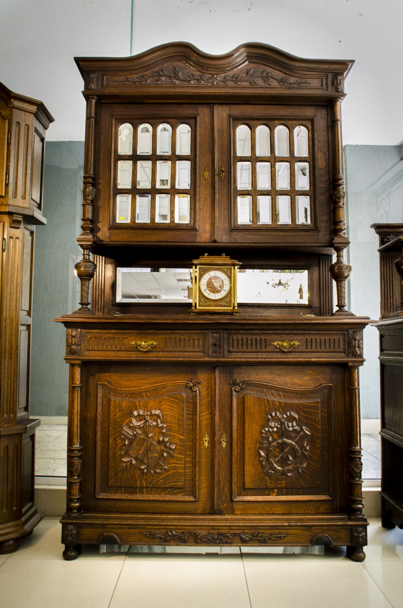 Френски шкаф 1